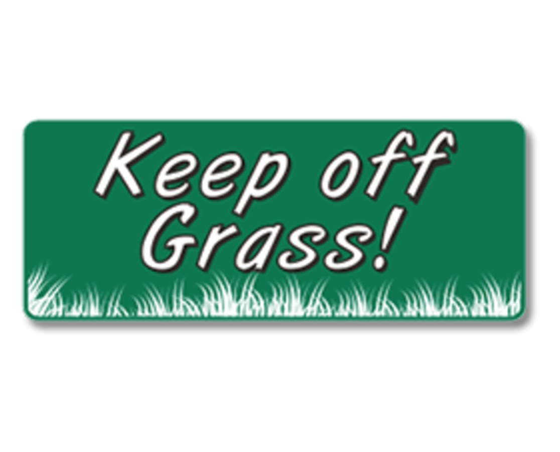 EverMark Keep Off Grass Property Sign EVEGHM-604-01-