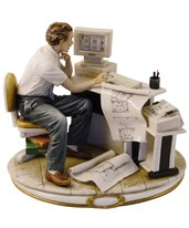 "Capodimonte ""Architect At Work"" Figurine (812) PP812"